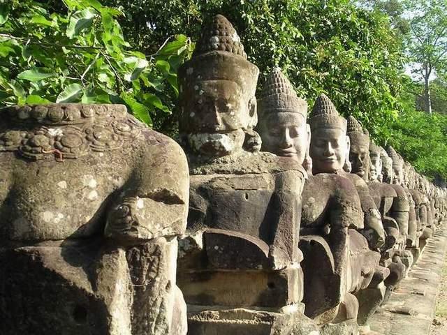 Zdjęcia: Angkor, Siem Reap, Most, KAMBODżA