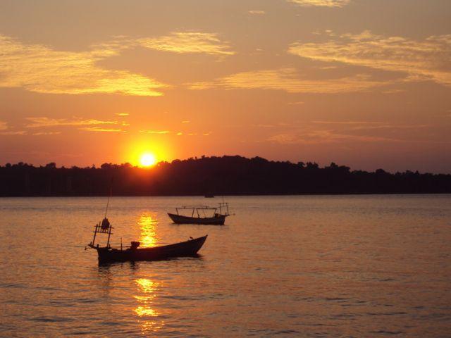 Zdjęcia: Sihanoukville, Południe Kambodży, Zachód słońca w Sihanoukville, KAMBODżA