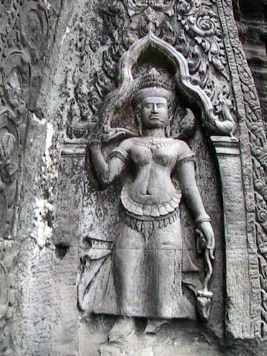 Zdjęcia: Swiatynie Angkor, TaProhm - plaskorzezba, KAMBODżA