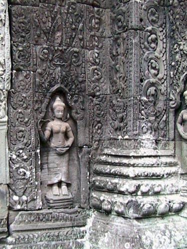 Zdjęcia: Swiatynie Angkor, BanteayKdei - plaskorzezba, KAMBODżA