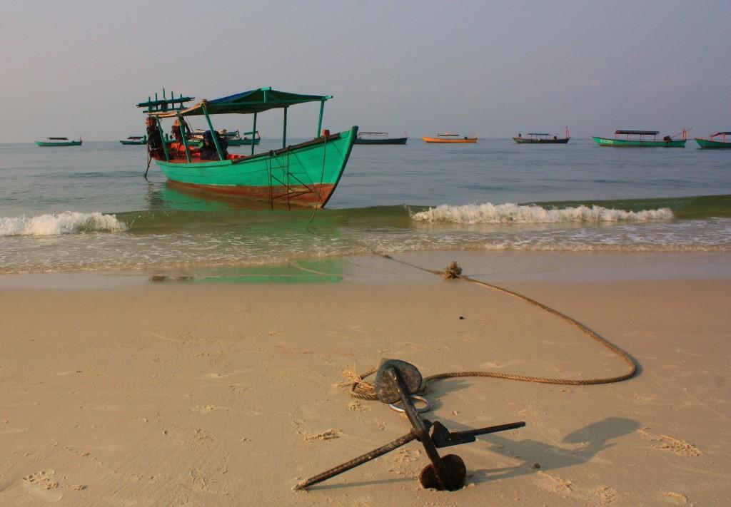 Zdjęcia: Sihanoukville, Zatoka Tajlandzka, Zakotwiczona..., KAMBODżA