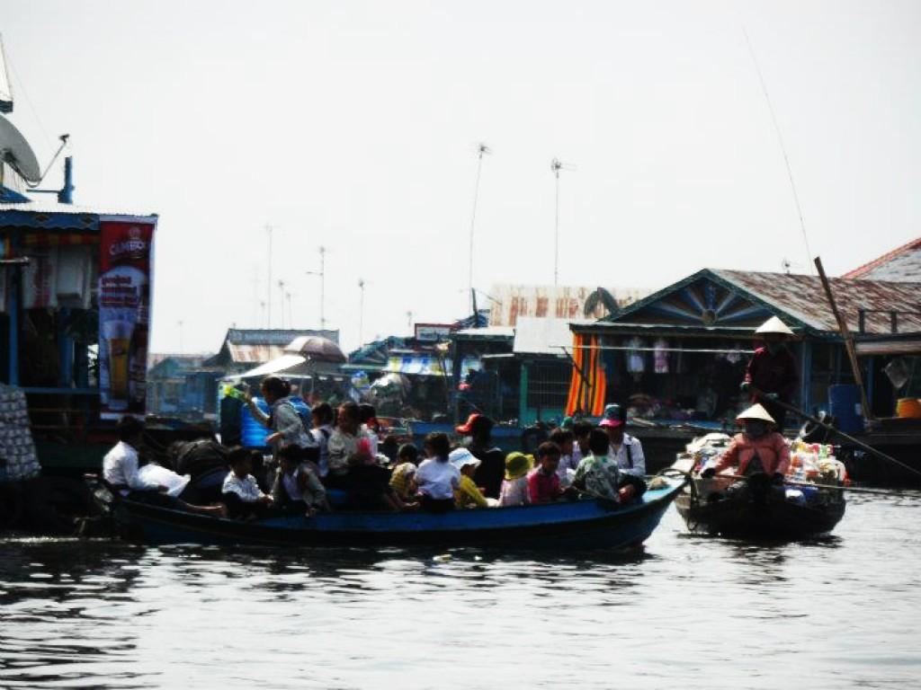 Zdjęcia: gdzies niedaleko, Krong battambang, Wodna wioska, KAMBODżA