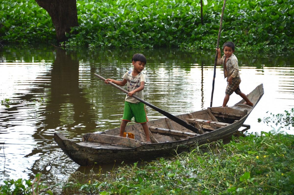 Zdjęcia: okolice Tonle Sap, Na ryby, KAMBODżA
