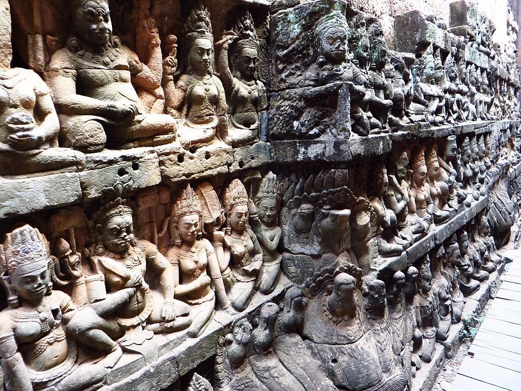 Zdjęcia: Angkor Thom, Angkor, taras Trędowatego Króla, KAMBODżA