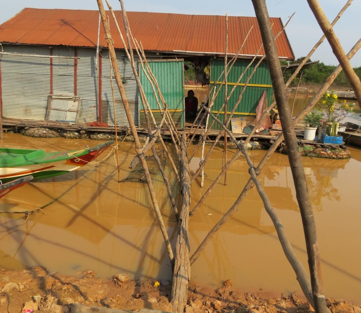 Zdjęcia: Siem Rep, Azja, Kambo wejście do domu, KAMBODżA
