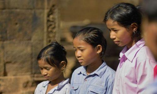 Zdjęcie KAMBODżA / - / angkor wat / Siostry