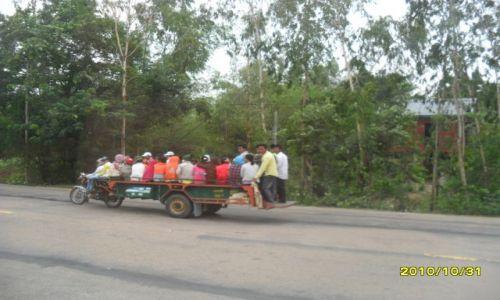 Zdjecie KAMBODżA / okolice angkor wat / transport publiczny / transport