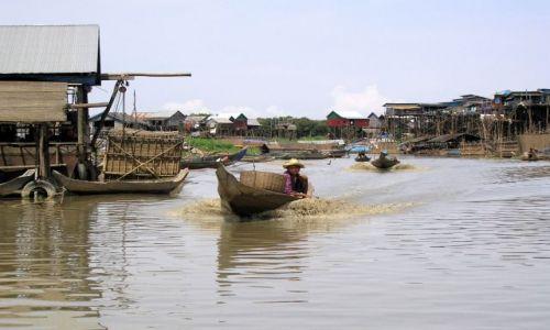 Zdjecie KAMBODżA / - / okolice Kompong Khleang / na rzece