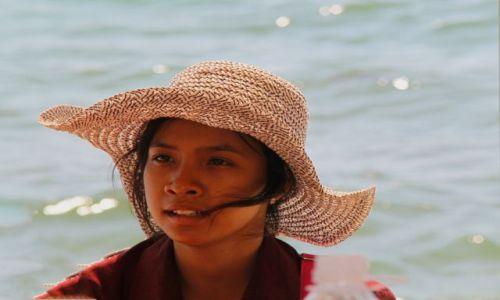 Zdjecie KAMBODżA / Sihanaukville / Otres Beach / Dziewczyna
