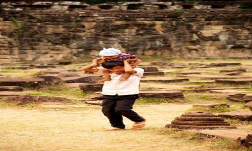 Zdjecie KAMBODżA / - / Siem Reap / Dzieci (Cambodia)