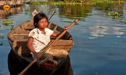 Zdjęcie KAMBODżA / - / Kompong Phluk / życie na wodzie