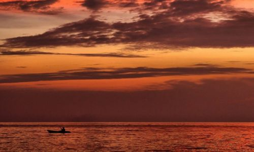 KAMBODżA / Sihanoukville / nad morzem / Powrót...