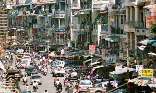 Zdjęcie KAMBODżA / - / Phnom Penh / Tłoczno...