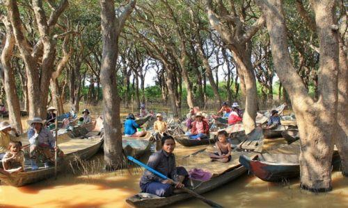 Zdjęcie KAMBODżA / Jezioro Tonle Sap / jw / Czekając na turystów