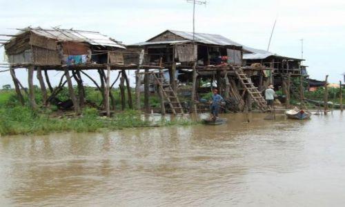 Zdjecie KAMBODżA / brak / rzeką z Siem Reap do Battambang / wsi spokojna, wsi wesoła