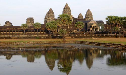 KAMBODżA / .. / Angkor / Angkor Wat klasycznie.