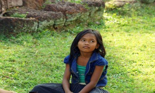 Zdjecie KAMBODżA / Siem Reap / Świątynie Angkor Wat / Śliczna...