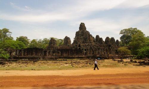 Zdjęcie KAMBODżA / Kambodża / Angtor Thom / poranek w światyni