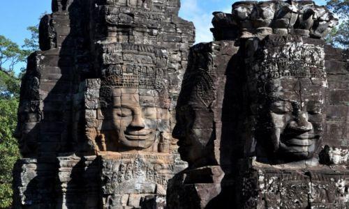 Zdjęcie KAMBODżA / Okolice Siem Reap / Angkor / Twarze  w świątyni Bajon