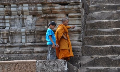 Zdjecie KAMBODżA / Okolice Siem Reap / Angkor / I jak tu wejść?