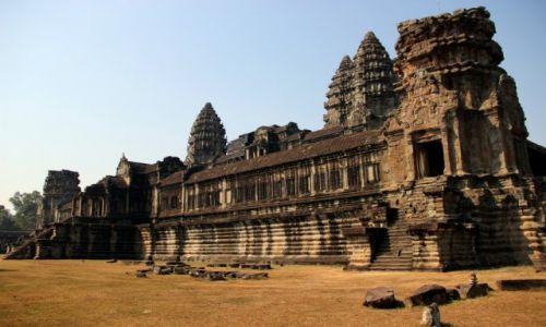 KAMBODżA / Siem Reap / Angkor / Angkor Wat