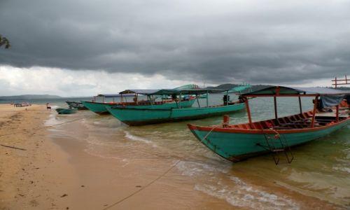 Zdjęcie KAMBODżA / Sihanoukville  / Zatoka Tajlandzka / Łodzie