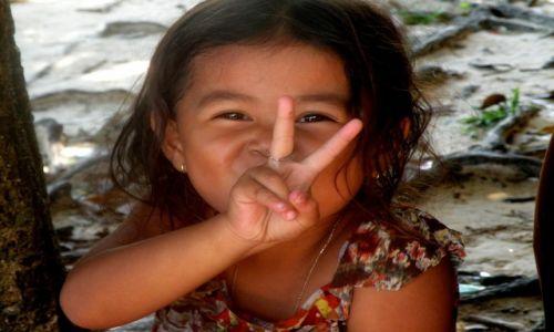 Zdjęcie KAMBODżA / Sihanoukville  / Zatoka Tajlandzka / Szkoła na wyspie