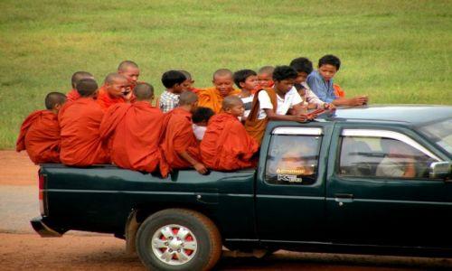 Zdjęcie KAMBODżA / Angkor / Taras Słoni / Przejażdzka