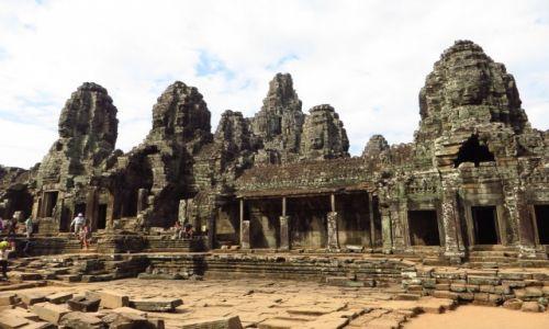 Zdjęcie KAMBODżA / Angkor / Angkor Thom / Świątynia Bayon - strona wschodnia