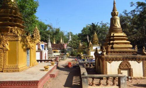Zdjęcie KAMBODżA / Angkor / Siem Reap / Pola Śmierci cmentarz