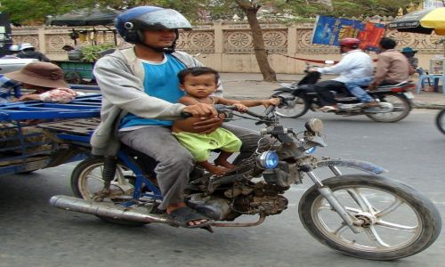 Zdjęcie KAMBODżA / Phnom Penh / ulica / Bo tata i ja