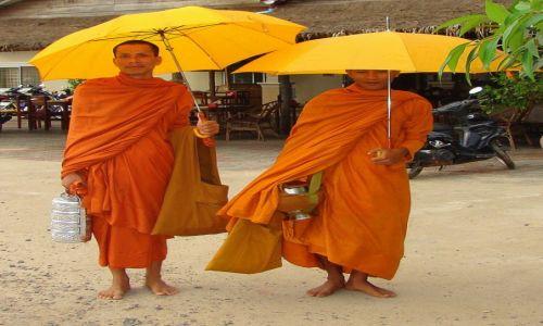 Zdjęcie KAMBODżA / Phnom Penh / ulica / Do koloru...