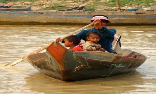 Zdjęcie KAMBODżA / Nizina Kambodżańska / Tonle Sap River / Z mamą na zakupy