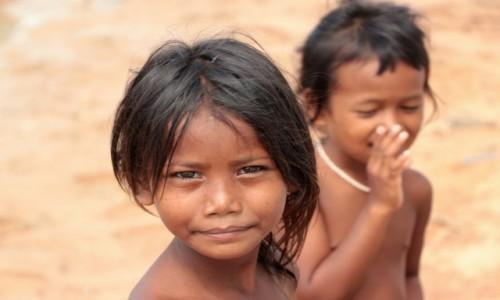 Zdjecie KAMBOD�A / - / Siem Reap / Dzieciaki