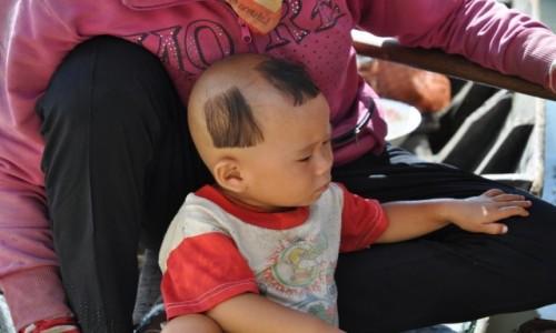 Zdjecie KAMBODżA / Siem Reap / Jezioro Tonle Sap / Czy fryzjer był