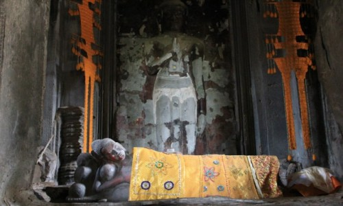 Zdjecie KAMBODżA / Angkor Wat / Swiatynia / Budda