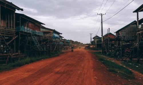 Zdjecie KAMBODżA / - / Tonle Sap / Wioska Tonle Sap