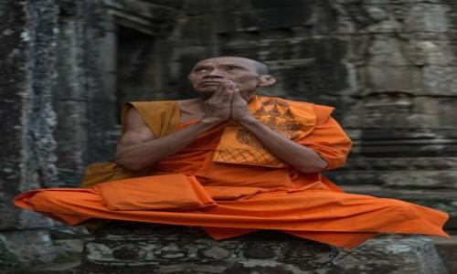 Zdjecie KAMBODżA / Prowincja Siem Reap / Świątynia Bajon / Błogosławieństwo ;-)
