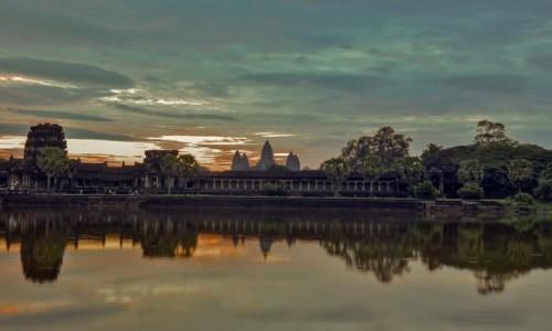 Zdjęcie KAMBODżA / Siĕm Réab / Angkor Wat / Angkor Wat sunrise