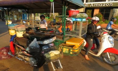 Zdjęcie KAMBODżA / Azja / Siem Reap /   Kambo garkuchnia uliczna