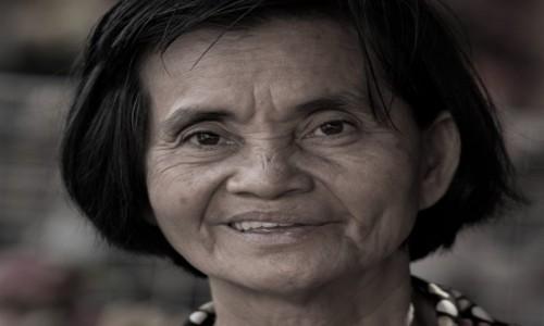 KAMBODżA / Prowincja Phnom Penh / Phnom Penh / Ta Nasza Młodość ... ;-)
