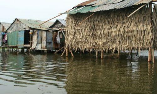 Zdjęcie KAMBODżA / brak / Phnom Penh / Chaty na jeziorze Boeng Kak