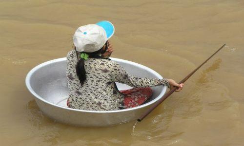 KAMBODżA / Siem Reap / Tonle Sap / najważniejsza jest pomysłowość