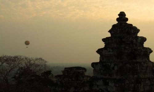 Zdjecie KAMBODżA / kambodża / angkor / zachód nad Angkorem