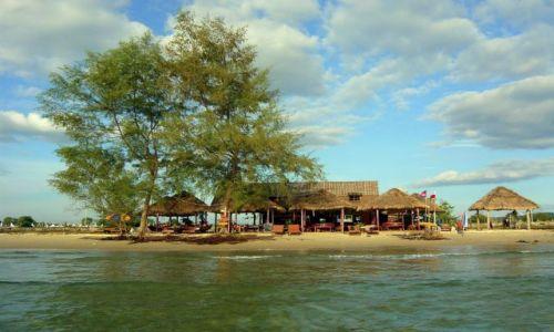 Zdjęcie KAMBODżA / Południe Kambodży / Sihanoukville  / Beach Bar Moniki i Kema