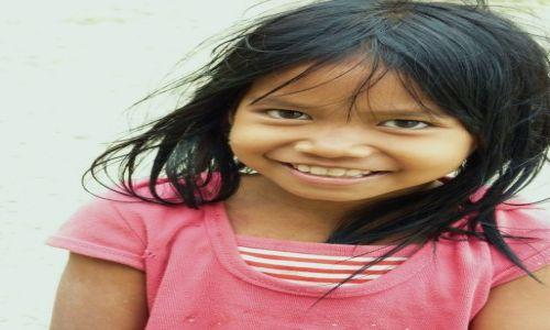 Zdjęcie KAMBODżA / Phnom Penh / Phnom Penh / Dziewczynka