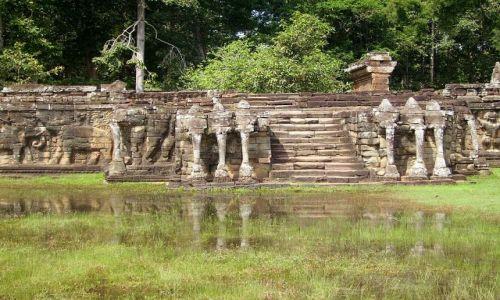 Zdjecie KAMBODżA / okolice Siem Reap / zespół Angkor Wat / Elephant Terrace w Angkor Wat
