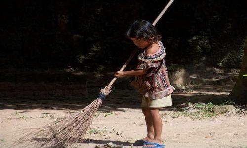 Zdjęcie KAMBODżA / - / Angkor / ***