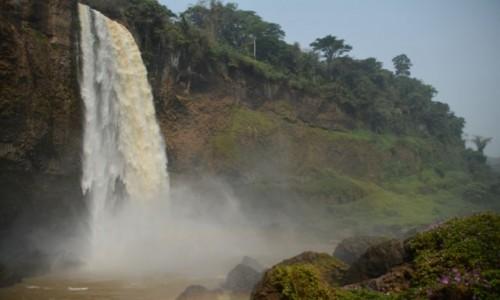 Zdjęcie KAMERUN / Prowincja Zachodnia / Bafang / Wodospad Ekom-Nkom