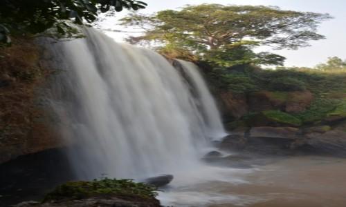 Zdjęcie KAMERUN / Prowincja Zachodnia / Bafoussam / Wodospad Metche